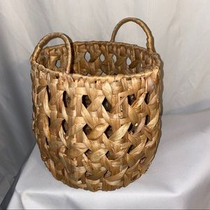NWT Storage Basket